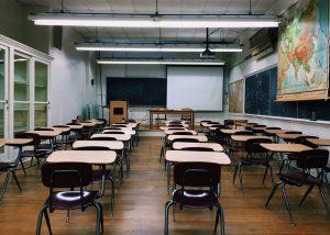 câmeras de segurança para escolas ou colégios